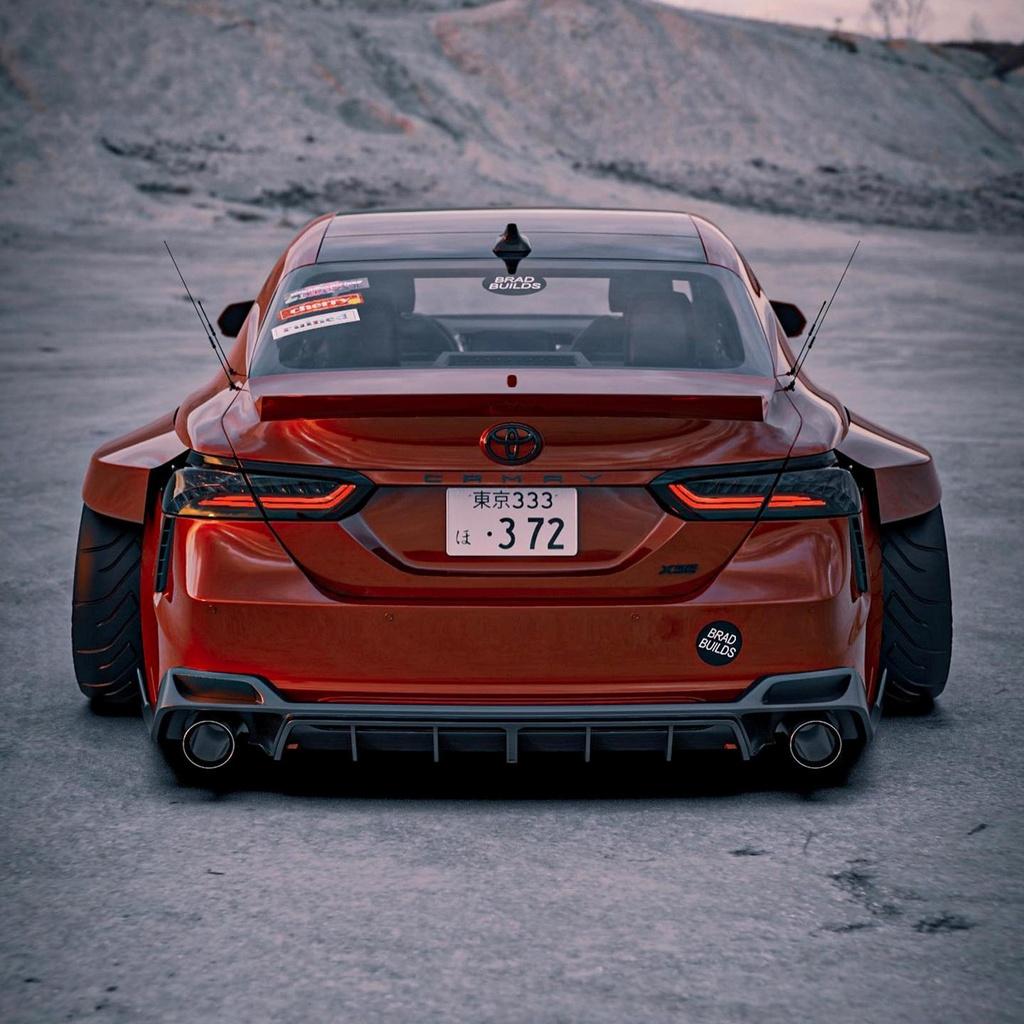Toyota Camry lot xac du dan voi body kit than rong hinh anh 4 701630.jpg