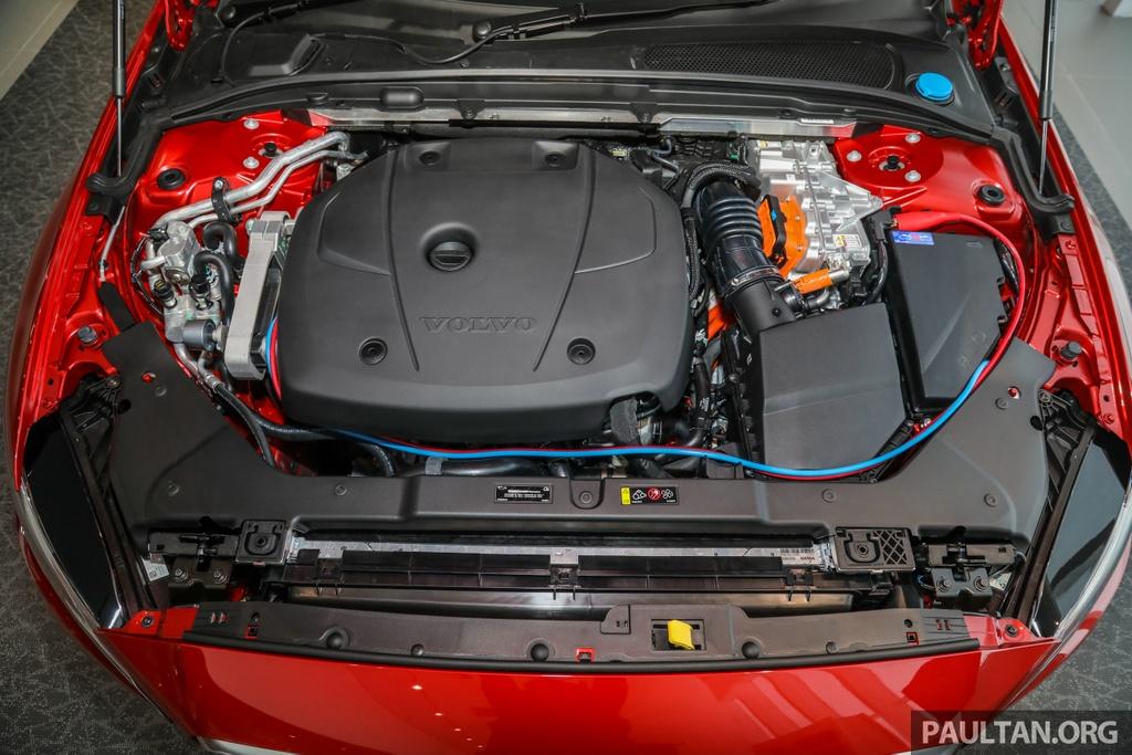 Volvo S60 2020 lap rap tai Malaysia hinh anh 3 Volvo_Malaysia_S60_T8_R_Design_CKD_2020_Ext_26.jpg