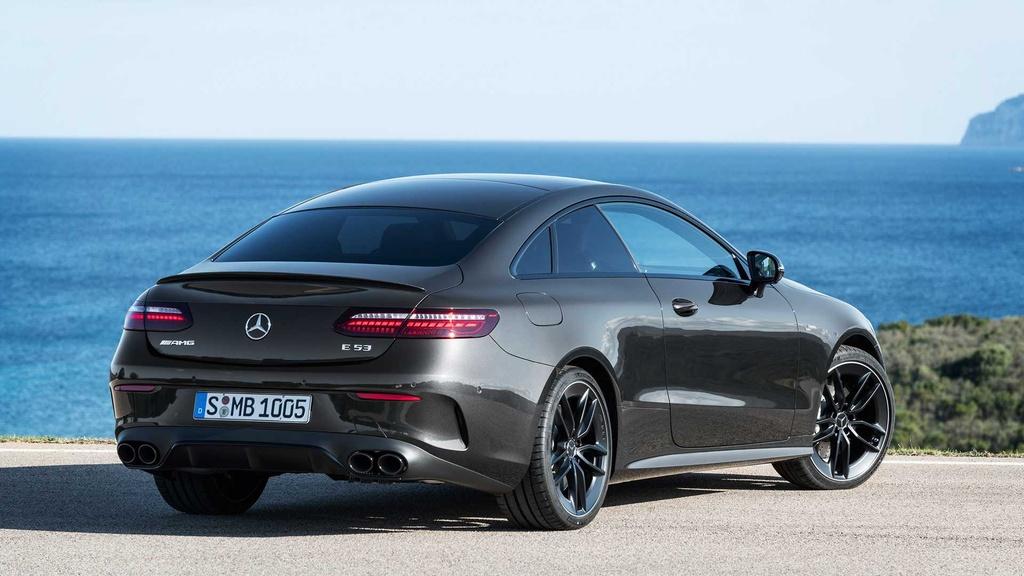Mercedes-AMG E 53 Coupe va E 53 Cabriolet 2021 ra mat anh 5