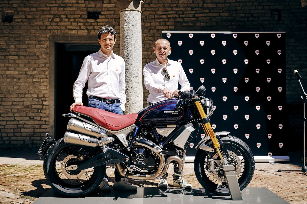 Mau xe doc quyen Ducati Scrambler Club Italia anh 1