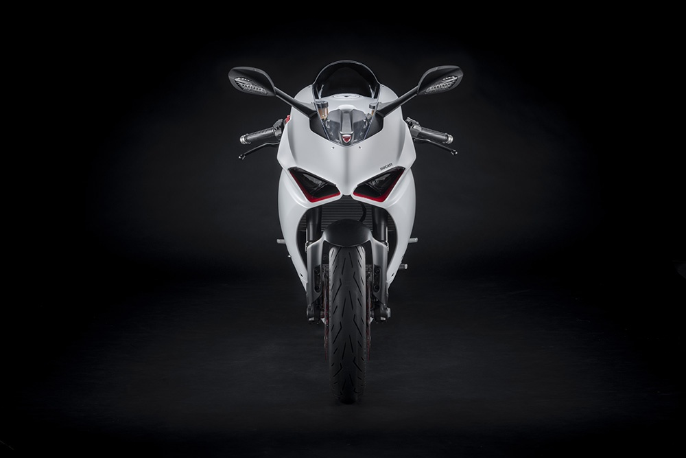 Ducati Panigale V2 White Rosso sap ra mat tai DNA anh 3
