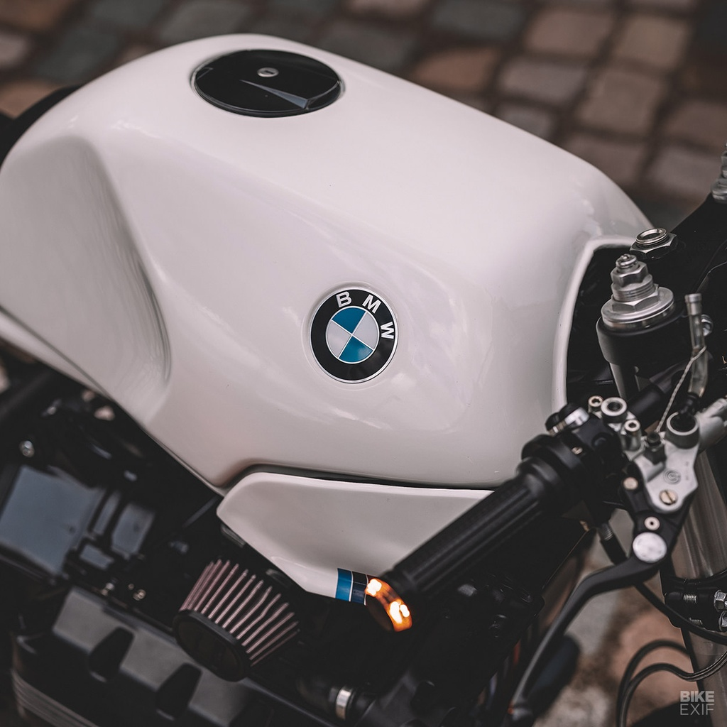 BMW K100RS do phong cach cafe racer anh 9