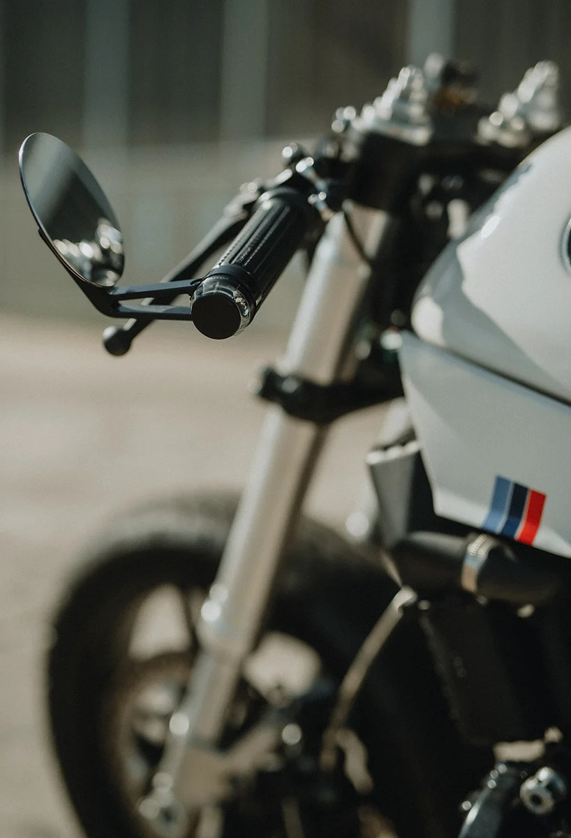 BMW K100RS do phong cach cafe racer anh 5