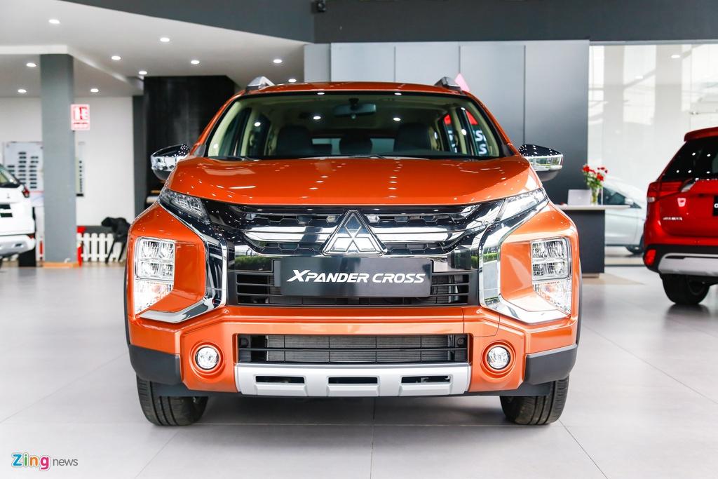 Mitsubishi Xpander Cross ra mat,  gia 670 trieu dong anh 1
