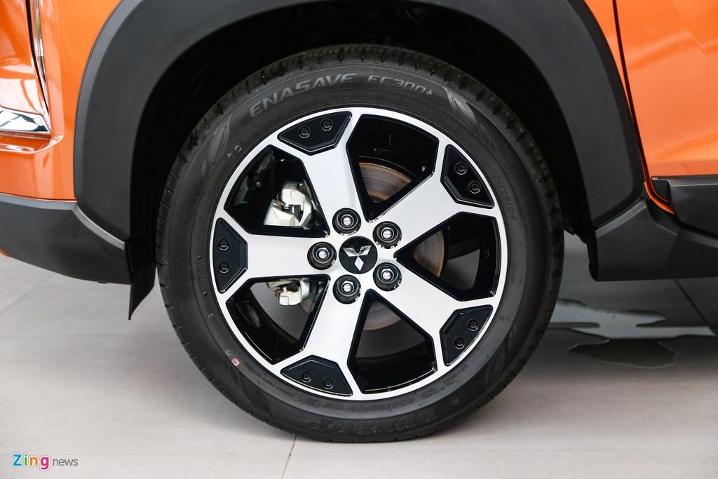 Mitsubishi Xpander Cross ra mat,  gia 670 trieu dong anh 6