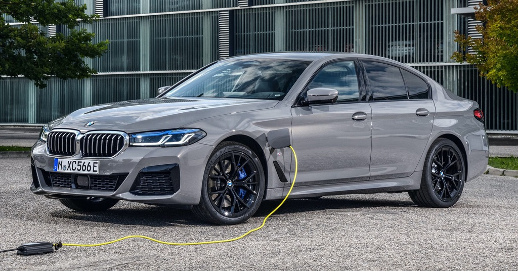 Chi tiet BMW 545e xDrive 2021 anh 10
