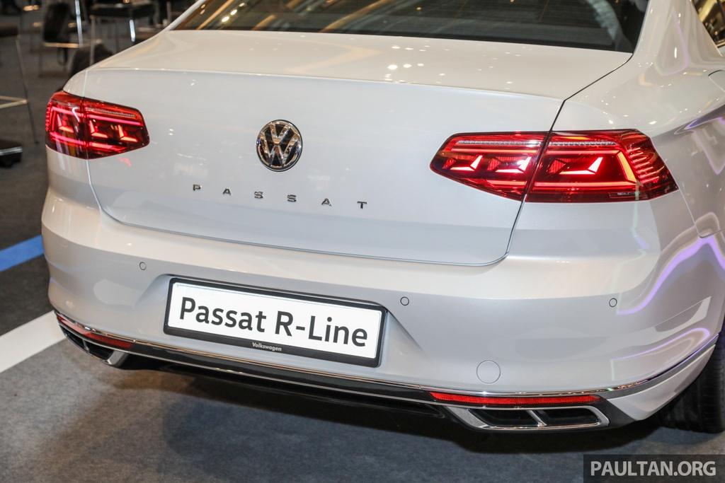 Chi tiet Volkswagen Passat R-Line anh 4
