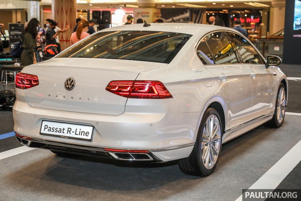 Chi tiet Volkswagen Passat R-Line anh 9