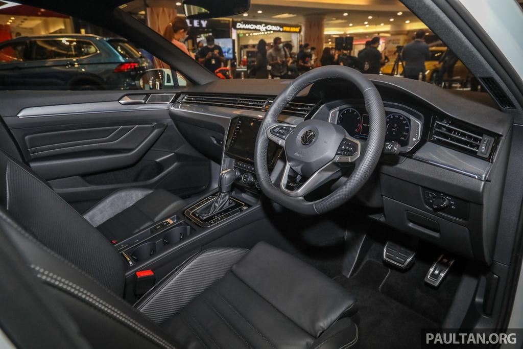 Chi tiet Volkswagen Passat R-Line anh 5