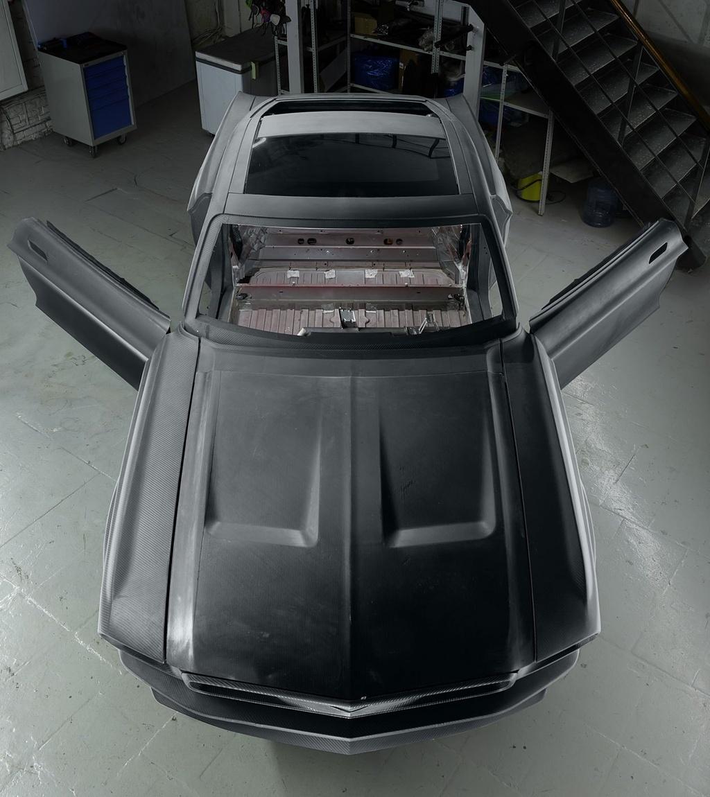 Hang xe Nga che tao xe dien tu Tesla Model S va Ford Mustang anh 3