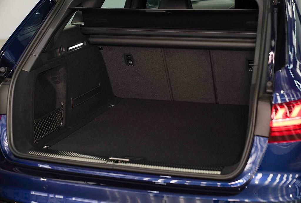Audi A4 Avant facelift ra mat tai Thai Lan anh 12