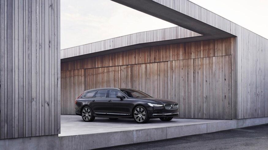 Volvo nang cap nhieu mau xe trong nam 2021 anh 1