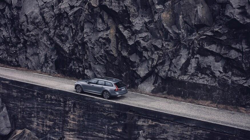 Volvo nang cap nhieu mau xe trong nam 2021 anh 3