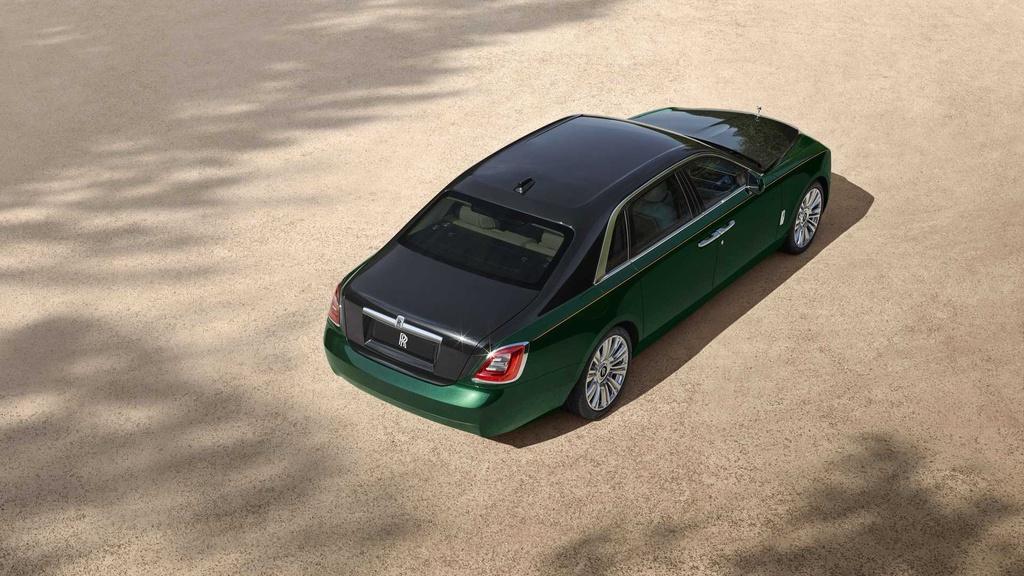Rolls-Royce Ghost Extended 2021 lo dien anh 2