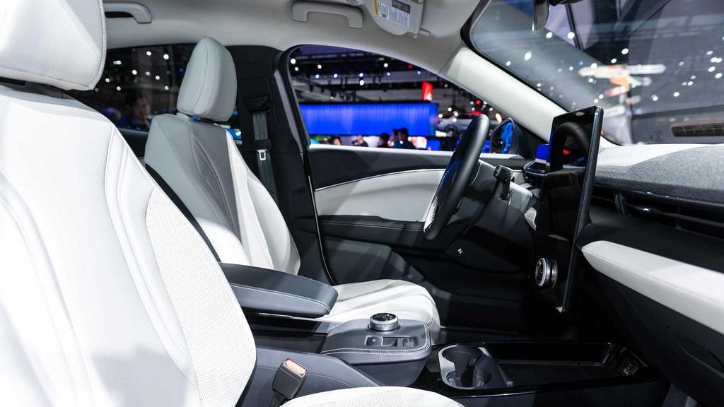 Ford Mustang Mach-E GT ra mat tai chau Au anh 6