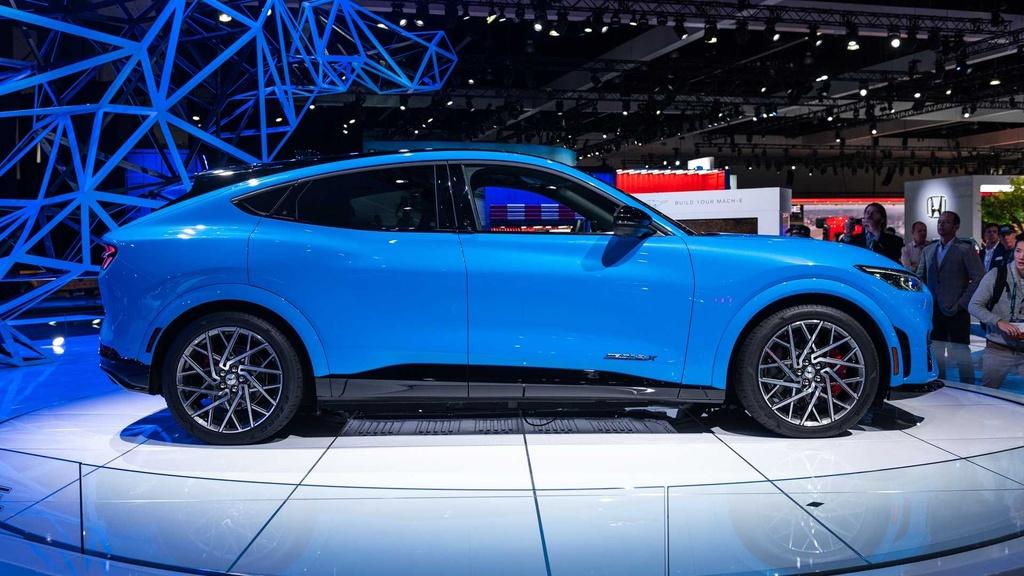 Ford Mustang Mach-E GT ra mat tai chau Au anh 4