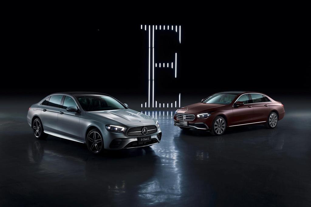 Mercedes-Benz E-Class ban keo dai truc co so ra mat anh 5