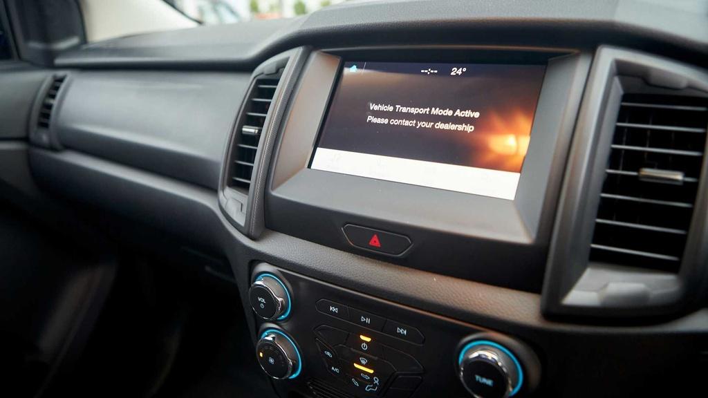 Ford Ranger facelift 2021 duoc ra mat anh 13