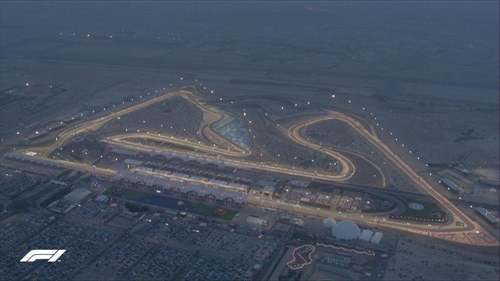 Doi thu gap su co, Hamilton ve nhat chang dua F1 tai Bahrain hinh anh 1
