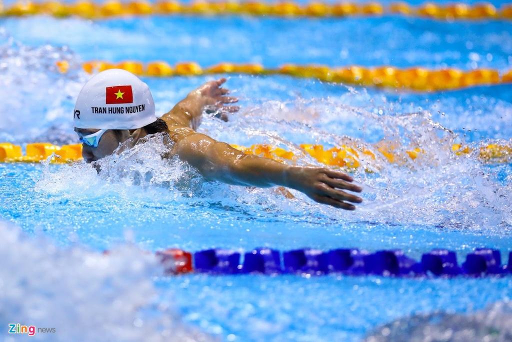 Kinh ngu Hung Nguyen, Kim Son dung chung buc nhan huy chuong SEA Games hinh anh 1