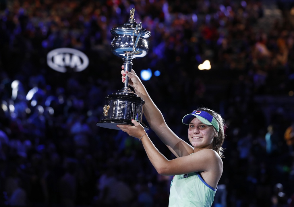 Sofia Kenin - tan vo dich Australian Open duoc so sanh voi Sharapova hinh anh 3 2020_02_01T112037Z_931219526_UP1EG210VID0U_RTRMADP_3_TENNIS_AUSOPEN.JPG