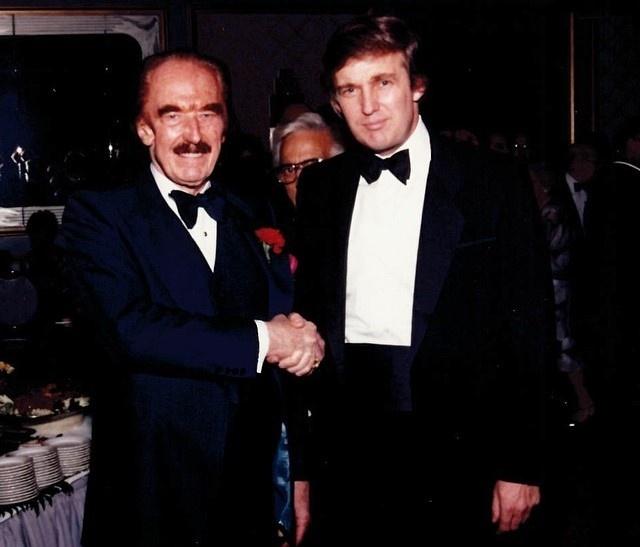 Donald Trump thoi tre: Gioi, dep trai, noi tieng khap truong hinh anh 11
