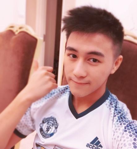 Con trai vua song bac Macau: Dep trai, gioi Toan hinh anh 6
