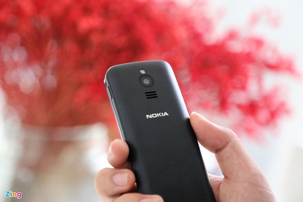mo hop Nokia 8110 anh 8