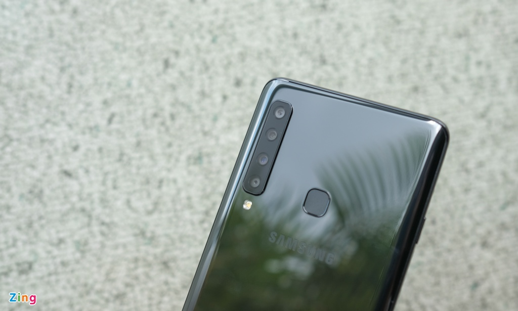 Chi tiet Galaxy A9 2018 4 camera sap ra mat o VN hinh anh 3