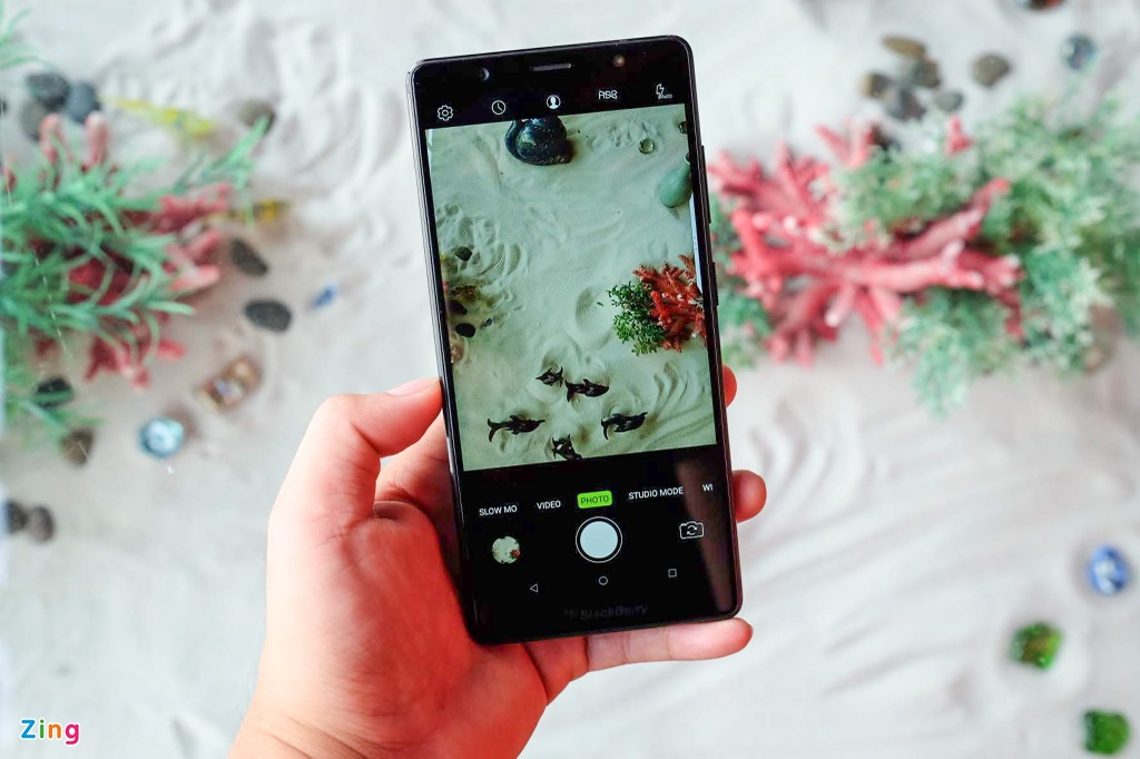 Anh chi tiet BlackBerry Evolve ve Viet Nam, gia 8 trieu dong hinh anh 8