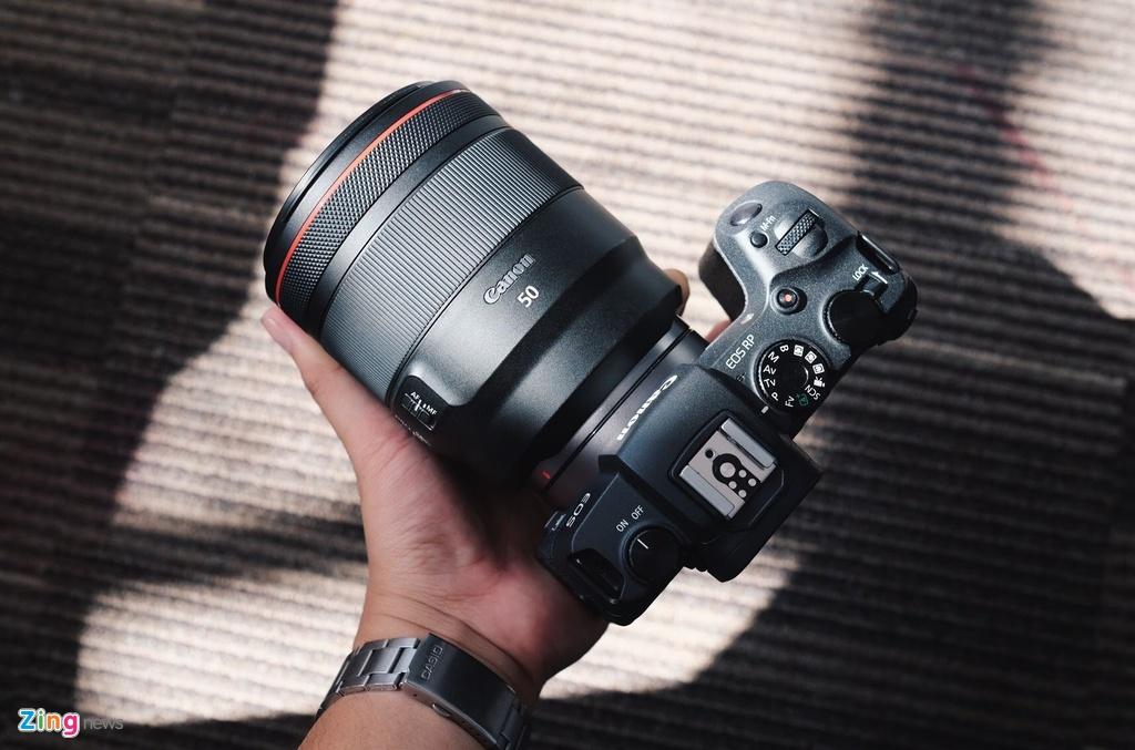 Mirrorless full-frame cua Canon ve VN, gia 38 trieu dong hinh anh 1