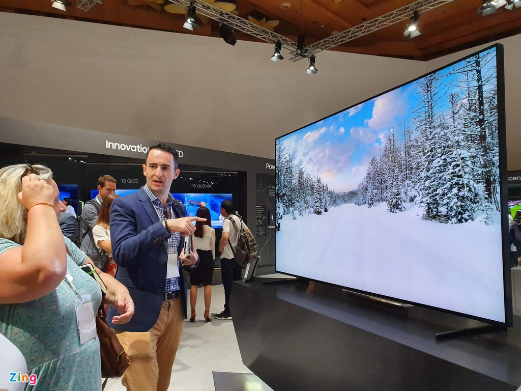 Samsung mang TV QLED 8K gia 2,3 ty ve Dong Nam A hinh anh 11