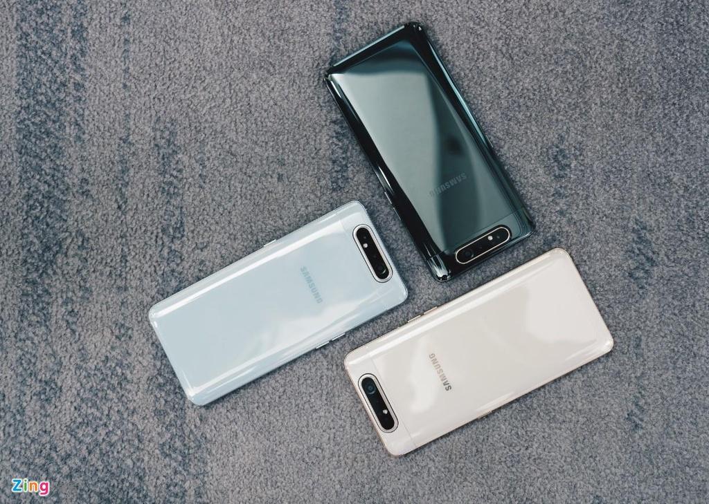 Voi Galaxy A80, cac doi thu cua Samsung da khong con an toan hinh anh 3