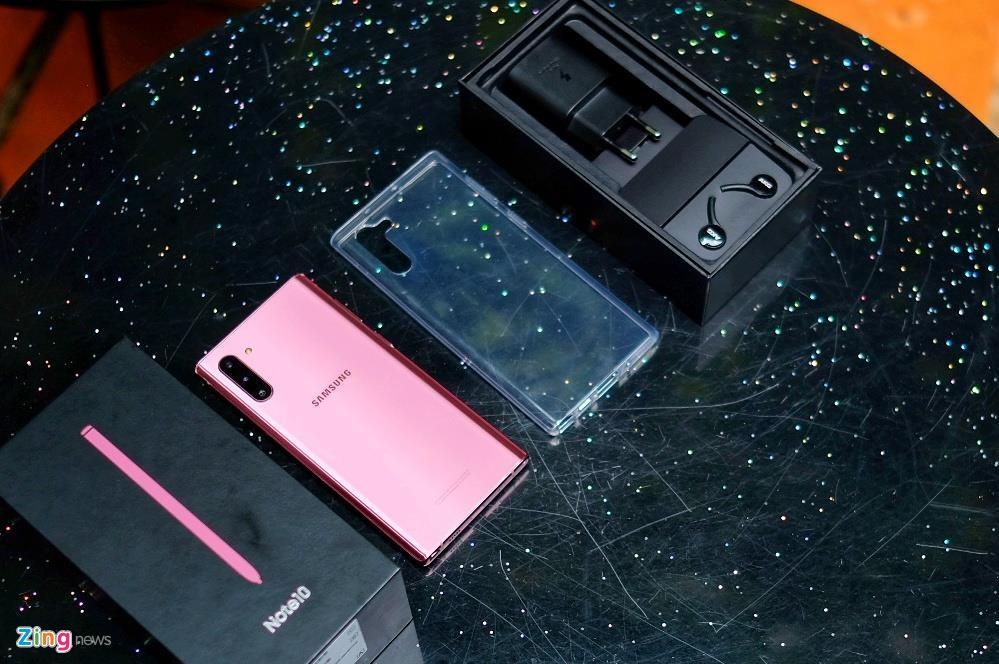 Mo hop Galaxy Note10 tai VN - gia du kien 24 trieu dong hinh anh 2