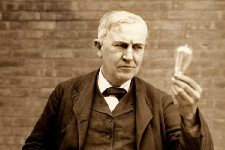 Thomas Edison - nha phat minh vi dai hay chi la mot ke lua dao? hinh anh 1