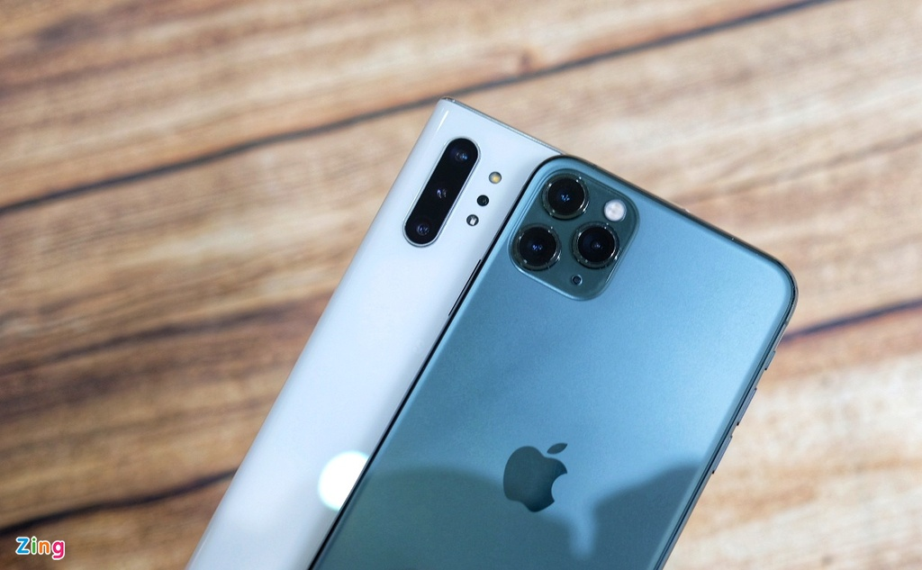 iPhone 11 Pro Max do dang voi Galaxy Note10+ hinh anh 3