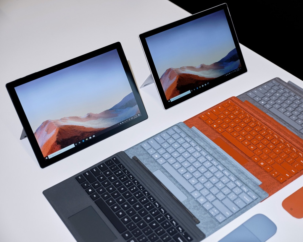 Chi tiet Surface Pro X, tablet lai laptop gia 999 USD, de doa iPad Pro hinh anh 6