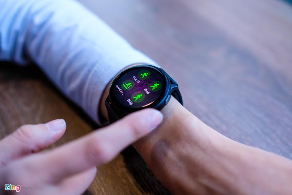 trai nghiem Galaxy Watch Active 2 anh 5
