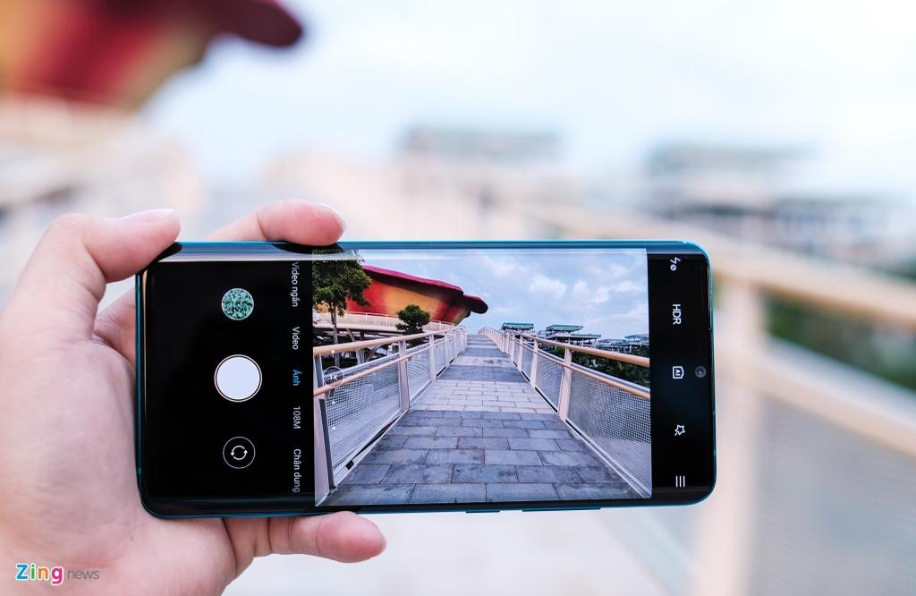 Trai nghiem Xiaomi Mi Note 10 anh 4