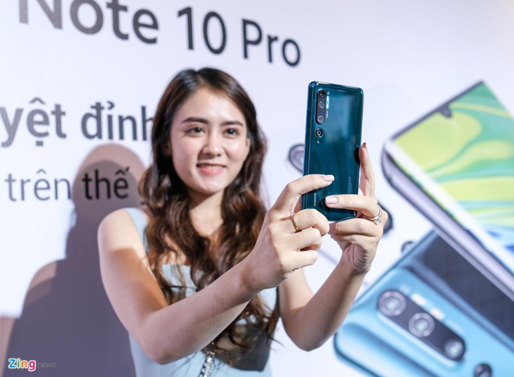 Smartphone dau tien co camera 108 MP ve Viet Nam, gia 13 trieu dong hinh anh 10