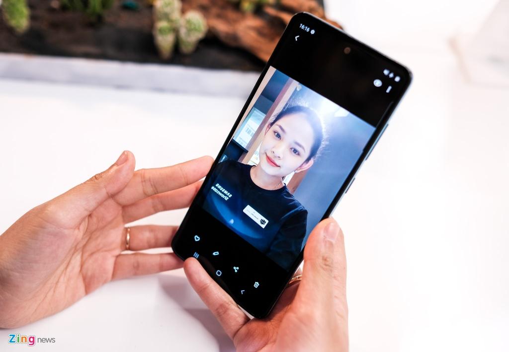 Samsung Galaxy A51 ra mat o VN - tran vien, 4 camera, gia 8 trieu hinh anh 5 Galaxy_A51_zing_(15).jpg