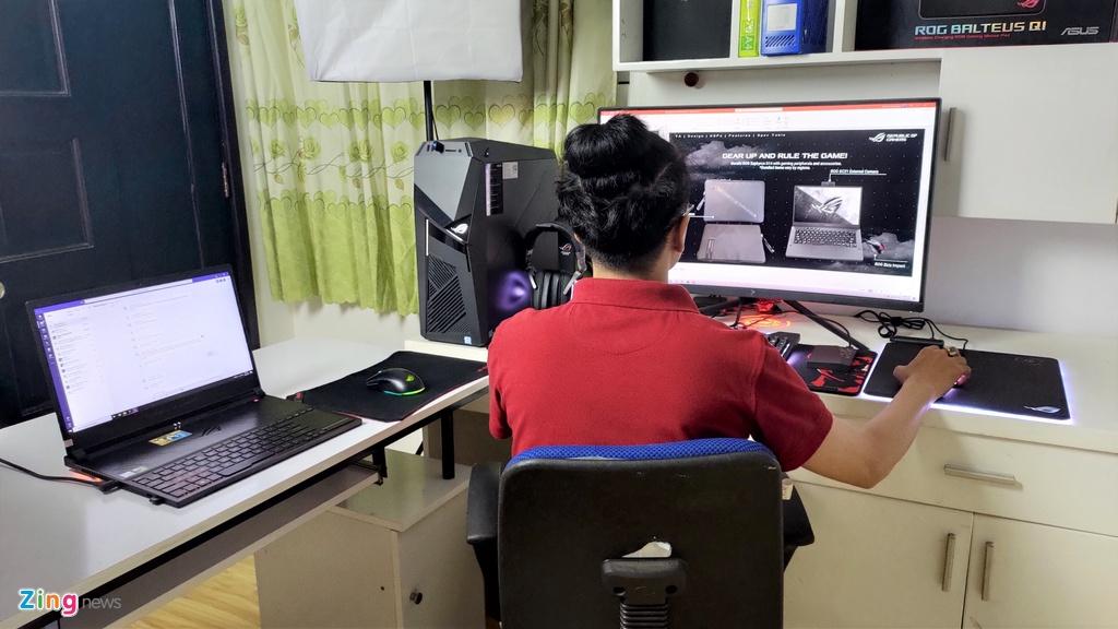 Shark Linh, Thanh Hang va gioi cong nghe VN chup anh lam viec tai nha hinh anh 1 wfh_zing_3_.jpg