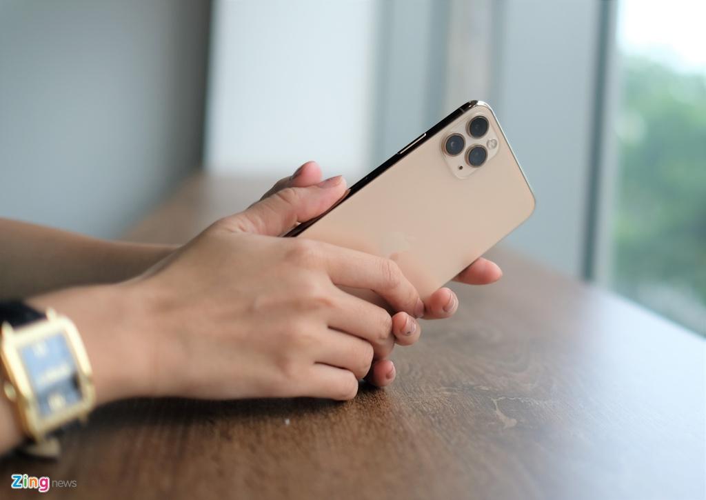 smartphone cao cap dua nhau giam gia anh 4
