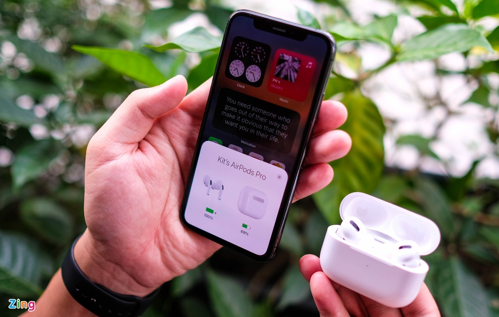 AirPods Pro voi Galaxy Buds Live anh 6