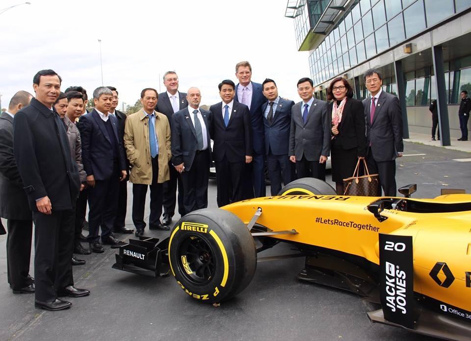 Nguyen dai su VN tai Australia: 'Mo duong dua F1 se nang tam quoc gia' hinh anh 2