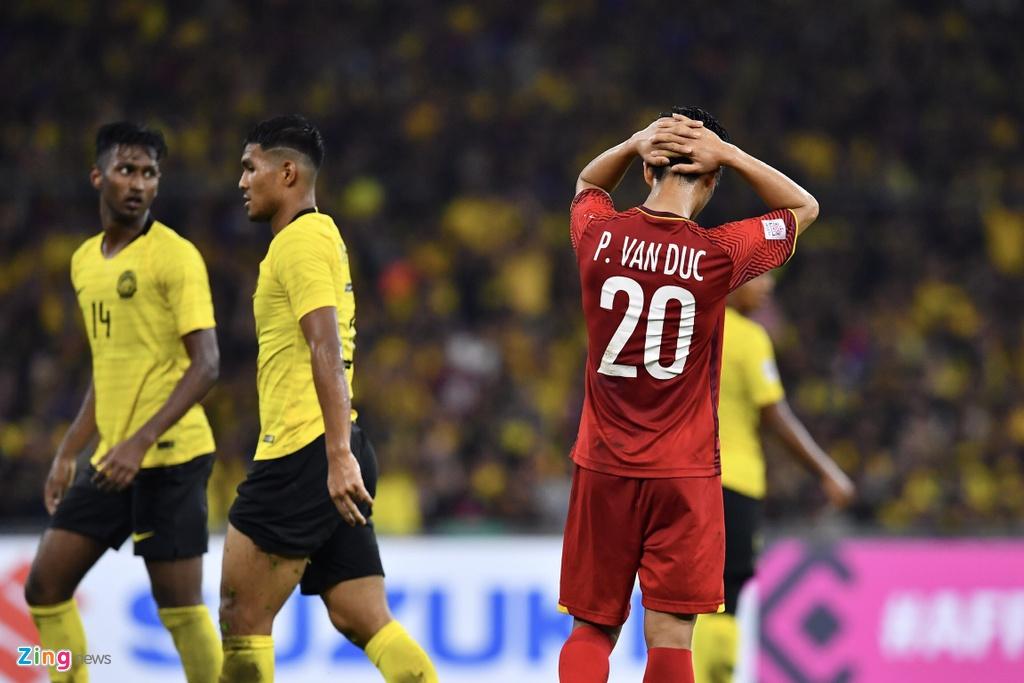 Phan Van Duc,  doi tuyen Viet Nam,  AFF Cup 2018,  Ngoi sao AFF Cup anh 2