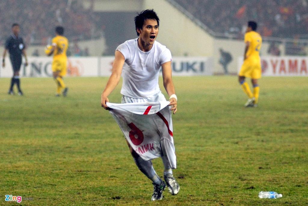 Nghi an ban do, cau thu bo cuoc sau that bai U23 Viet Nam nam 2003 hinh anh 2