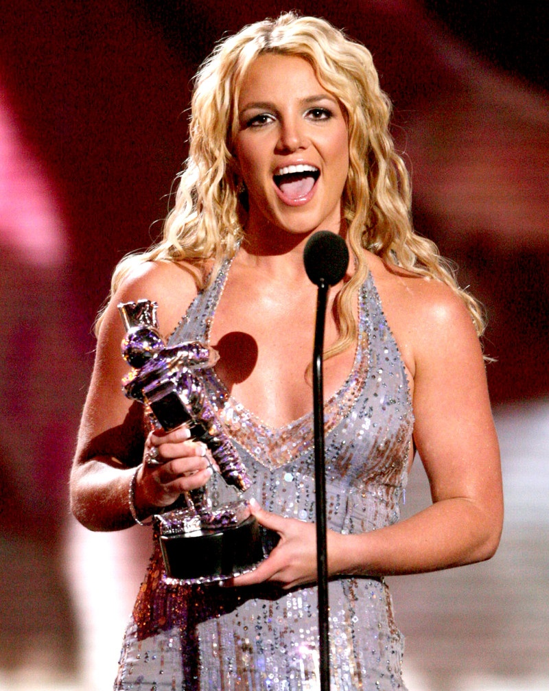 Su tro lai thanh cong cua Britney Spears anh 3