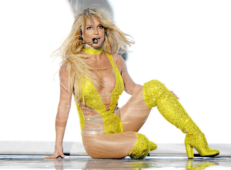Su tro lai thanh cong cua Britney Spears anh 9