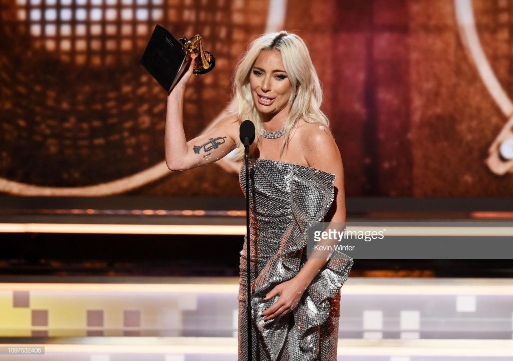 Lady Gaga va Camila Cabello gianh giai Grammy 2019 anh 2